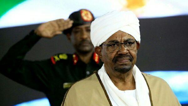 سهرۆکی پێشووی سودان پارهی له کام وڵات وهرگرتووه؟