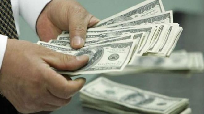 دۆلار بەراورد بەدوێنێ نرخێکی نوێی تۆمارکرد