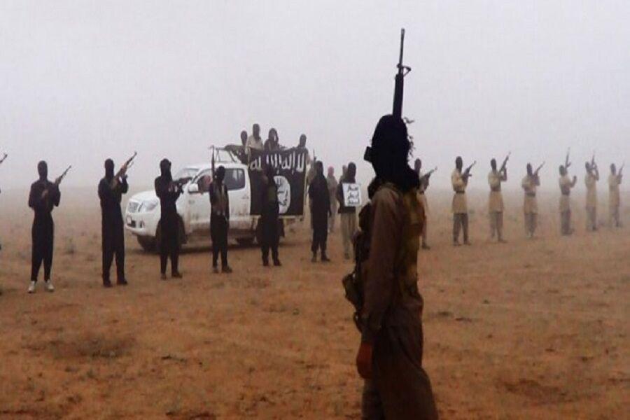 70 هەزار تیرۆریستی داعش لە ناوچە سنورییەکانی سوریان